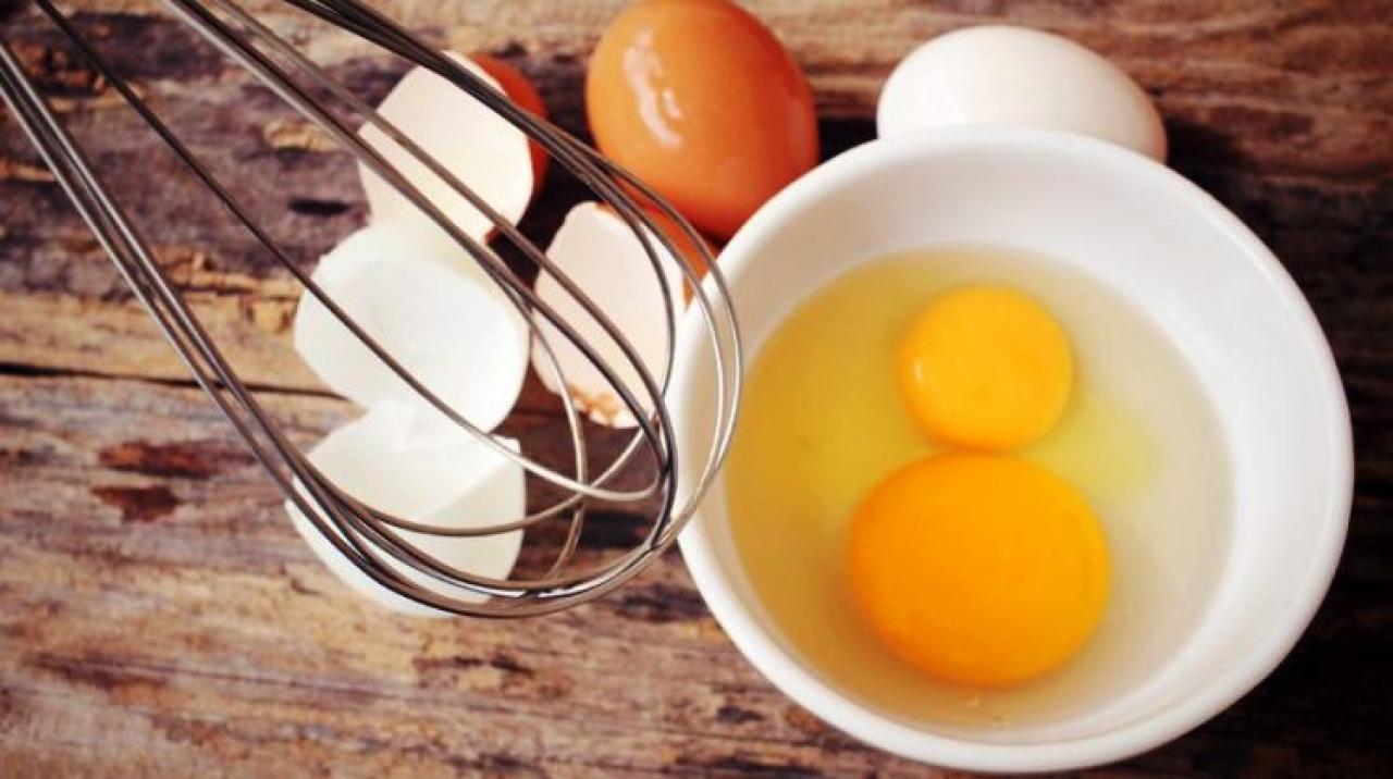 nyers tojás felállítása hogyan lehet elérni a szilárd merevedést